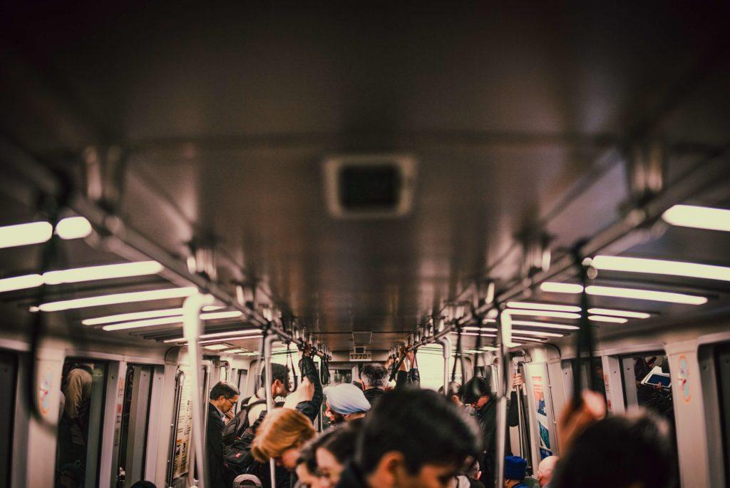 通勤の画像
